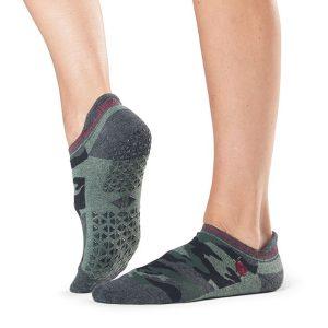 antislip sokken sport van Tavi Noir Savvy Fierce zijn online te koop bij Yoga-Pilatesshop