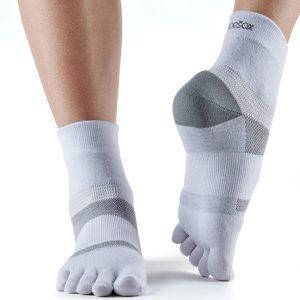sportsokken met tenen Minnie White van ToeSox zijn ideaal voor hardlopen, wandelen, tennis, fietsen en fitnessen