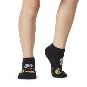 antislip sokken van Micky Mouse voor kids in de maat 23 tot en met 31 zijn online te bestellen bij Yoga-Pilatesshop
