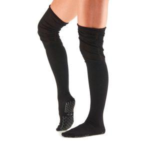 overknee sokken antislip Ebony van Tavi Noir zijn ideaal voor sporten als pilates, yoga en barre en ook perfect geschikt voor dagelijks gebruik