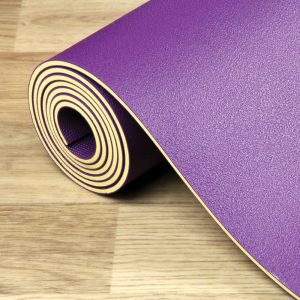 yoga mat 4mm in de kleur paars op Yoga-Pilatesshop