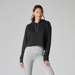Semi cropped hoodie velvet ebony op Yoga-Pilateshop