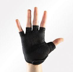 antislip handschoenen yoga in maat s, m en l verkrijgbaar bij yoga-pilatesshop.nl