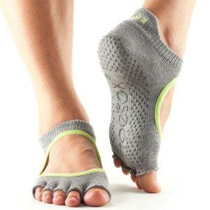 Toe socks antislip sokken in het model bellarina zonder tenen van toesox direct te bestellen bij yoga-pilatesshop.nl
