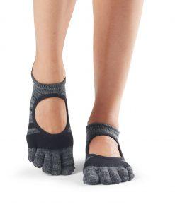 antislip sokken met vijf tenen in Shadow voor pilates, yoga, piloxing, barre of andere blootvoetse activiteiten