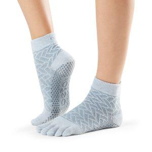 antislip sokken van ToeSox met vijf gescheiden tenen zijn direct online te koop bij yoga-pilatesshop