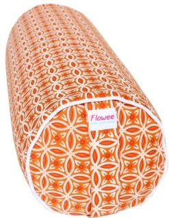 Bolster kussen van flowee in de kleur oranje gevuld met boekweitkaf
