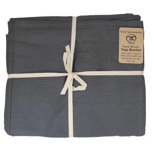 Handgeweven katoenen deken verkrijgbaar bij Yoga-pilatesshop.nl in verschillende kleuren