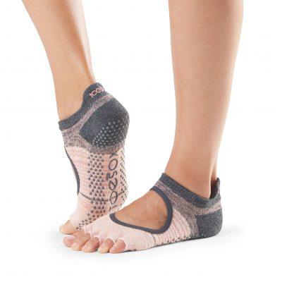 sokken met antislip voor yoga, pilates, barre of andere blootvloetse activiteiten