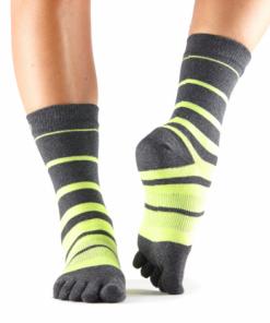sokken online kopen als sportsokken of als huissokken bij yoga-pilatesshop.nl