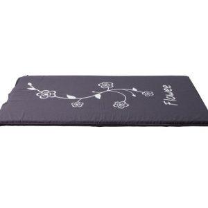Spijkermat flowee in groot formaat paars grijs achterkant van mat