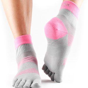 sportsokken met toe socks ofwel vijf tenen sokken kopen in kado set op Yoga-Pilatesshop
