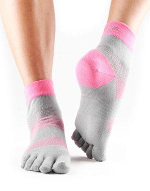 sportsokken met toe socks ofwel vijf tenen sokken kopen bij yoga-pilates winkel