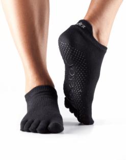 yoga sokken antislip kopen van het merk ToeSox enkelsokken zwart maat s, m, l